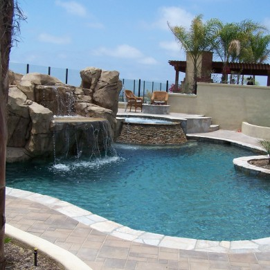 SoCal Custom Pools and Spas