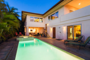 Modern swimming pool design San Diego