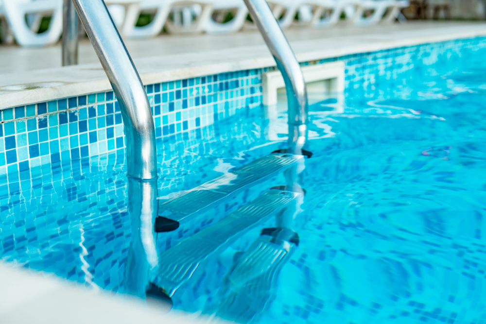 Where can I book superb pool resurfacing in San Diego, CA